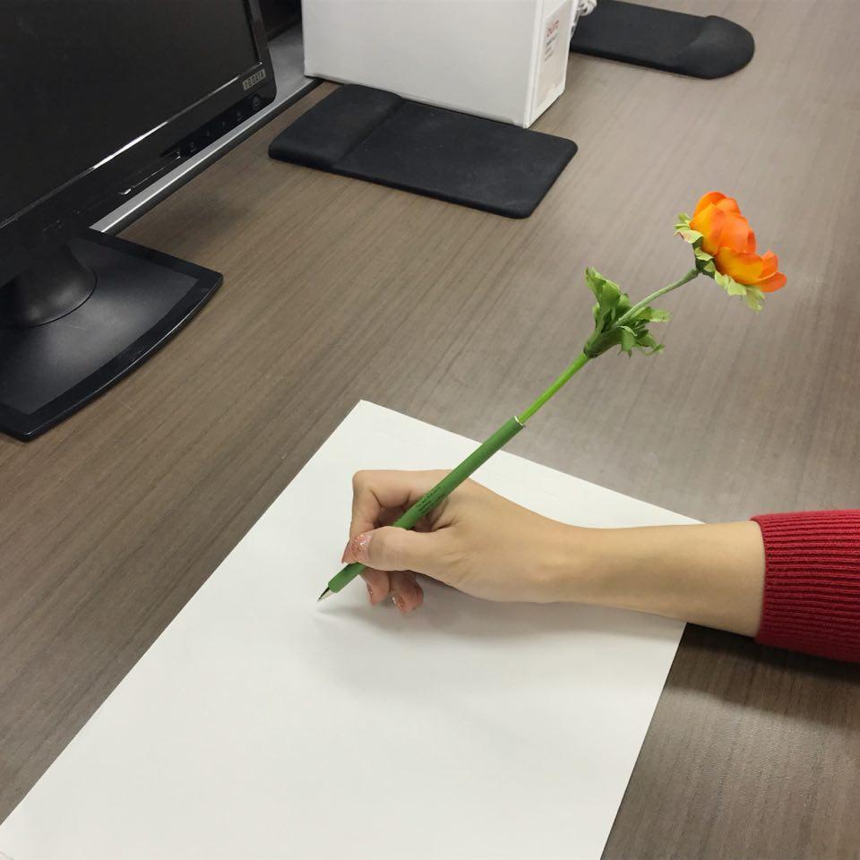「オフィスに花を!」運動中